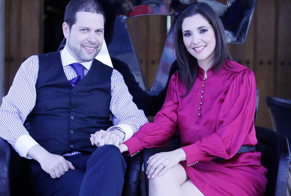 Se casa la hija de Vicente Fernández