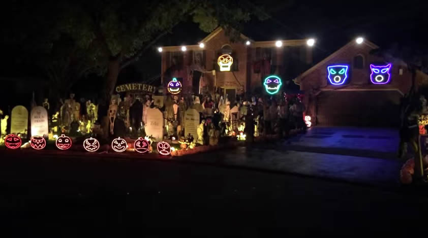 "Algo diferente: Halloween Light Show Set to Queen's ""Bohemian Rhapsody"""