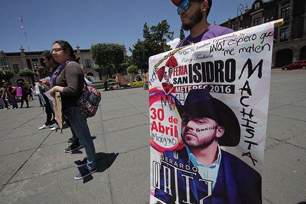 Organizan boicot contra Gerardo Ortiz en estado de México