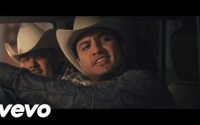 Julión Álvarez Y Su Norteño Banda – El Guitarrero ft. El Coyote